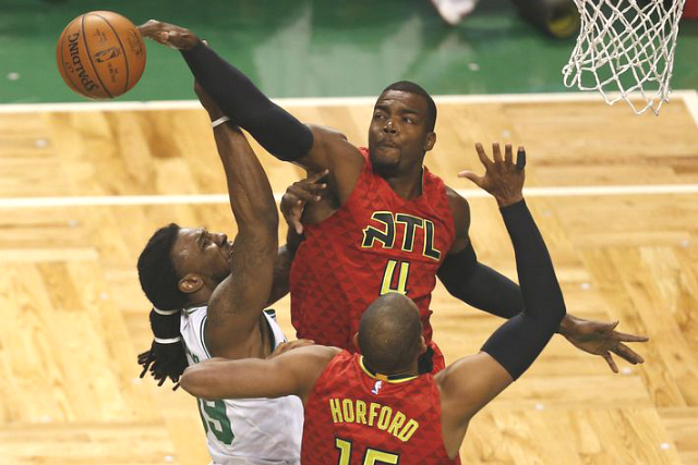 Hawks Eliminate CelticsNEW427
