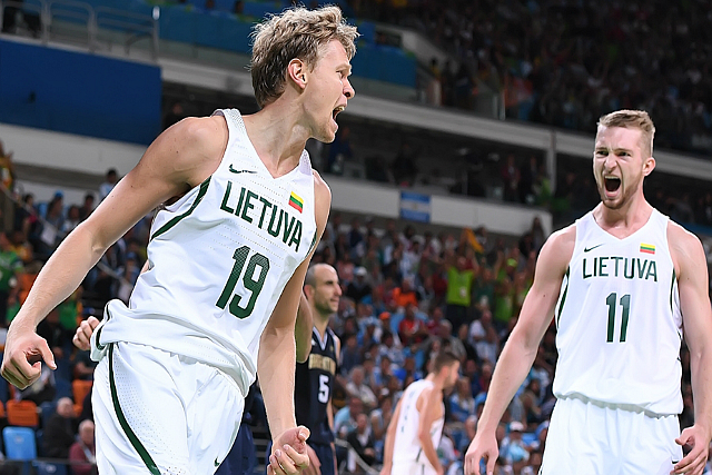 Kuzminskas' 23 Leads Lithuania Past Argentina
