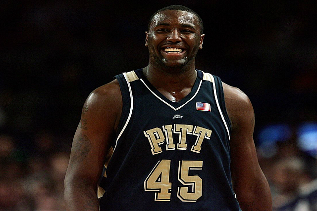China's DeJuan Blair Signs With D-League's Legends