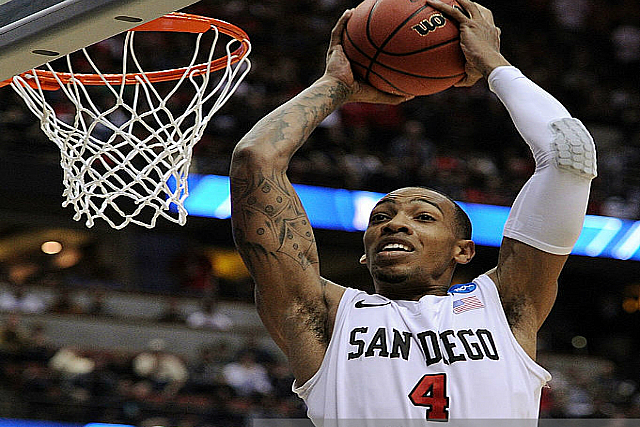 SDSU's Malcolm Thomas: 34 Pts, 18 Bds In China