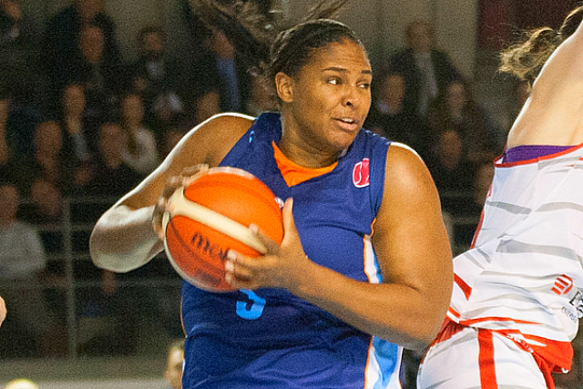 Oklahoma's Courtney Paris Has 24 Pts, 14 Bds For Turkey