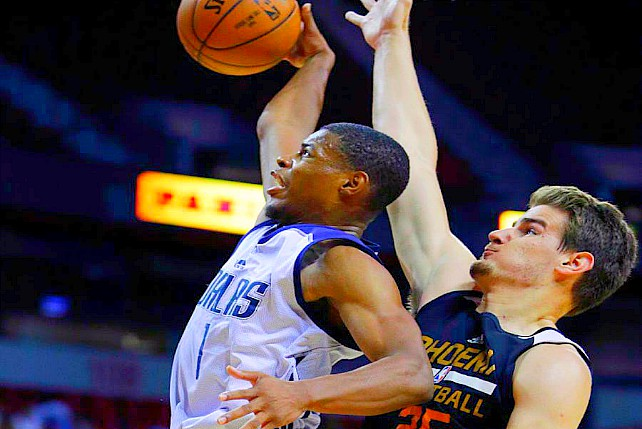 Dennis Smith Pours In 25 In NBA Summer League
